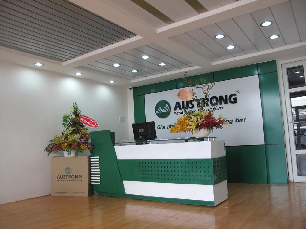 Showroom-ho-chi-minh-austrong-viet-nam-chuyen-tran-nhom-lam-chong-nang